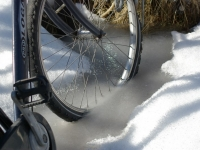 bicycle_trapped_in_ice